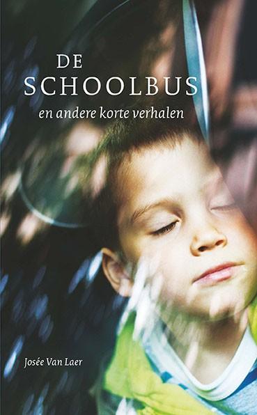 Cover boek: jongen slaapt